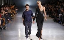 Paris Fashion Week : how Instagram fears the nipple