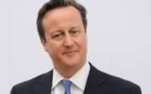David Cameron donne 3 millions de Livres à des oeuvres de charité