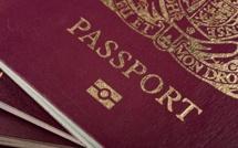 Royaume-Uni : les citoyens anglais demandent un deuxième passeport
