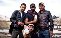 Crise des migrants : volontariat et caméra de bois